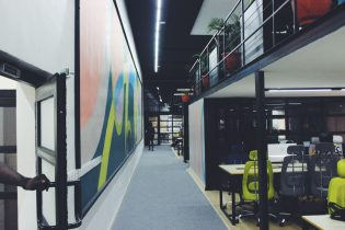8 Ways Wall Graphics Can Help You Get More Customers